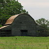 HillTop Needmore Barn : Near Hwy. 42.