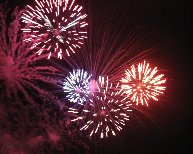 07/04/15 - Fuquay Fireworks